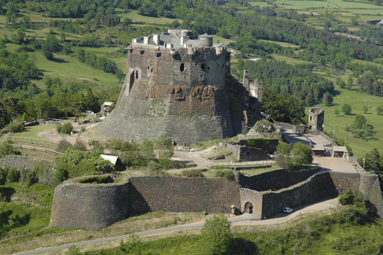 Sehenswürdigkeiten Und Ausflüge In Der Auvergne Les Camélias